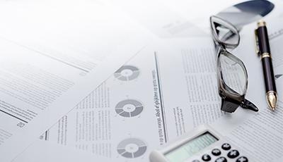 上場企業決算の「有意」変化を通知